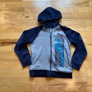 PUMA Boys hoodie size 10 gray and blue